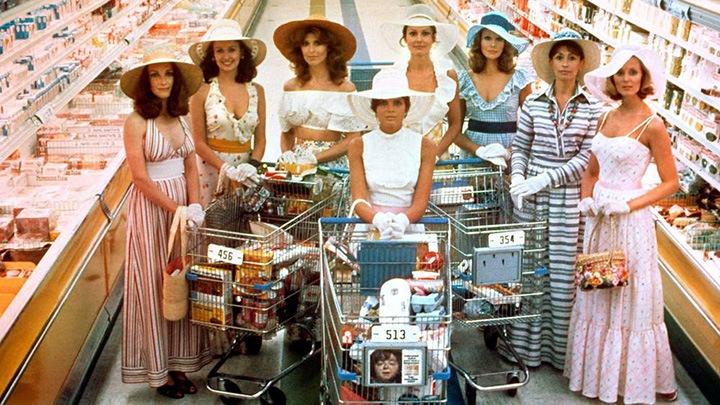 2004年妮可·基德曼主演英语电影《复制娇妻》