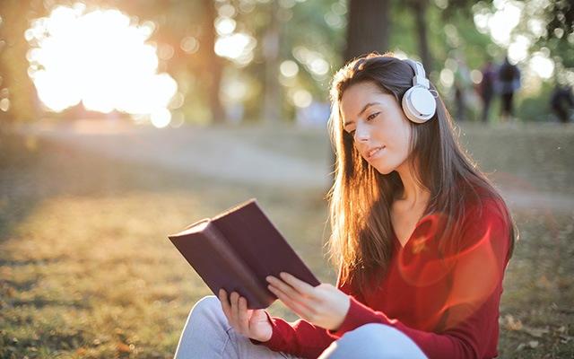 看美剧学英语:精听的重要性